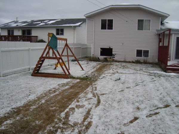 How not to fit a Summit into a basement!!!!!!!!!! WTF?-basement1-jpg